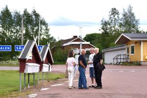 I hjärtat av Evertsberg träffade DT Birgitta Åslund-Jansson, Jan Eriksson, Kjell Tenn, Sven Emanuelsson och Maria Emanuelsson.