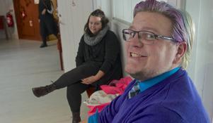 Torbjörn Hedmark och Sandra Loofrån Hede på boksläpp i Funäsdalen.