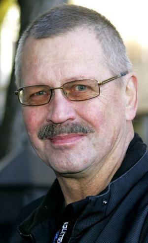 Olle Andersson,65 år, Sanne:– Plankstek. Det innehåller mycket. Det är kött, grönsaker, potatismos. Potatismoset är griljerat och lite brunt uppepå, det är mysigt. Och så ett glas rött vin till.