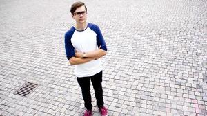 Norbergskillen Daniel Forsström började cykla för att hantera smärtan.