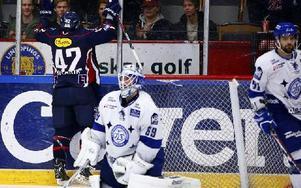 Linköpings Chad Kolarik jublar efter sitt 3–0-mål. Foto: STEFAN JERREVÅNG / SCANPIX