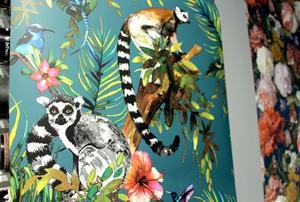 Man kan få en hel safaritur på väggen om man vill.