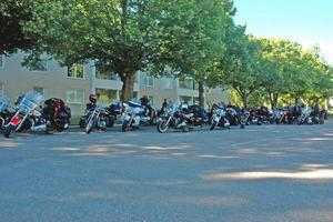 Bara Harley-Davidson. En rast i Tierp innan resan fortsatte mot Söderfors.