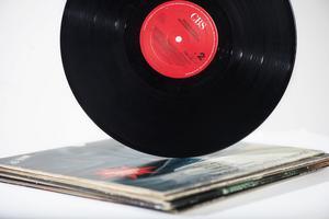 Vinylskivor är det som ökar mest i försäljning på auktionssajten Tradera. Arkivbild.