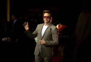 Robert Downey Jr har gått en krokig väg fram till att bli världens mest välbetalda skådis.