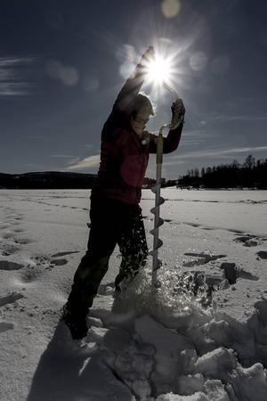 Även om det finns många sportfiskeklubbar i Sverige så behövs Fjällorna. Det menar Kina Christoffersson:   – Det är många kvinnor som menar att de vågar mer tillsammans med andra kvinnor. Dessutom så kan det vara lättare att hitta nya fiskekompisar.