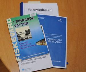 Naturvården i vatten innebär även en hel del intressant administrativt arbete. Vattendirektivet kommer som rejäl vitamininjektion i arbetet.