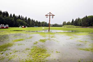 I Hagaström blev det vattensjukt i går eftermiddag.