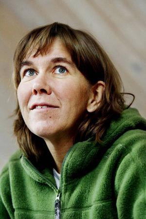 """Anna Erlandsson ser fram emot dagens boksläpp med ko-tema: """"Jag har bakat koblajor och kartongerna med bubbeldricka ska få komönstrad dekor..."""""""