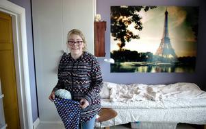 Tonårstid. I dag går Liv Jerkersdotter i femman på Höglundaskolan. Hon är en kreativ tjej med stort intresse för slöjd, konst och djur. Den 19:e maj fyller hon 13 år.