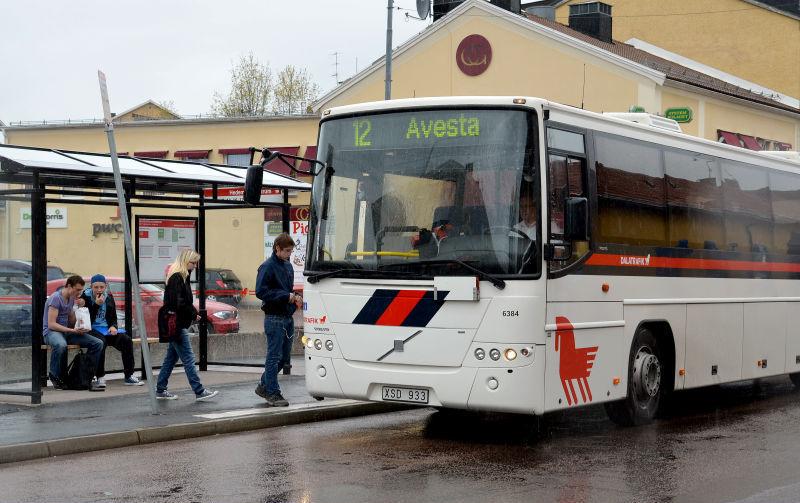 Busstrafiken stod still efter brak