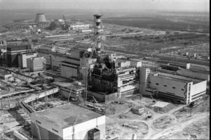 Kortet visar det skadade kärnkraftverket i Tjernobyl, 1986.