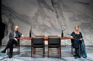 Lennart Jähkel och Cecilia Nilsson som Han och Hon på Stockholms stadsteater