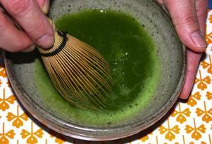 Hälsosamt. Det gröna teet sägs vara mycket hälsosamt och finns i flera varianter. Till teceremonin används dock det finaste gröna pulverteet. Foto:Annki Hällberg