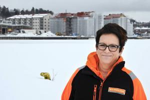 På Norra kajen får Ann-Christine Lundqvists nybildade Sundsvallsbolag sitt första uppdrag.