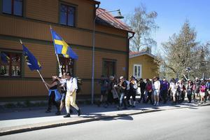 Jan-Olof Montelius leder vägen på vandringen