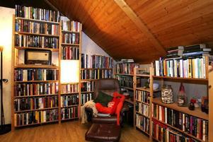 Bibliotekshörnan är också en favoritplats.