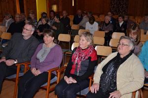 Beskrivning: Lars Jonsson, Gudrun Haglund Eriksson, Margit Larsson och Berit Andersson. Närkesbergsbor som deltar under filmfestivalen