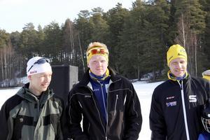 Martin Persson, Årsunda, vann tävlingen. Han flankeras av tvåan Lars Bengtsson, Valbo, och trean Daniel Bernhardsson, Årsunda.