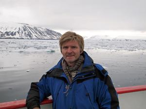 Bilden är tagen i Svalbard, dit Erik Elmroth åkte för Vetenskapsrådets räkning för att studera en del av den forskningsinfrastruktur som finns där.