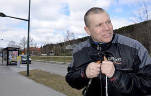 Jesper Claesson gör ett lappkast och satsar på Vasaloppet efter styrkelyftskarriären.