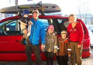 Familjen Bengtsson från Helsingborg åker till Funäsdalen och firar jul.    Foto: Carin Selldén