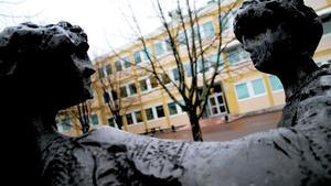 Merresurser  till skolan i Fagersta, utlovas. Bilden: Brinellskolan.