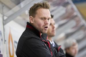 IFK-tränare Mathias Karlsson saknade flera viktiga spelare i vad som blev säsongens sista hemmamatch.