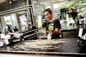 Karin Berg hararbetat som florist sedan hon var 18. Hon började jobba i familjens företag när hon var sju år gammal.