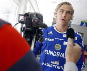 Pontus Engblom när han återvände till Giffarna på lån inför säsongen 2011. Bild: Linus Wallin.