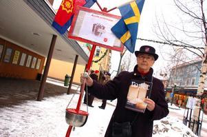 Frälsningssoldat Ingrid Roxström är en av alla som arbetar med insamlingen Håll grytan kokande, inte bara i Rättvik utan i