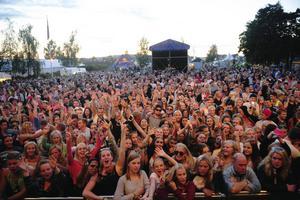 Stadsfesten lockar massor av besökare till Härnösand.