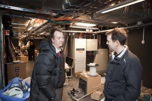 Ny teknik. Biografchefen Michael Hellberg och projektledaren Måns Enkvist i nya projektorrummet där allt är digitalt.
