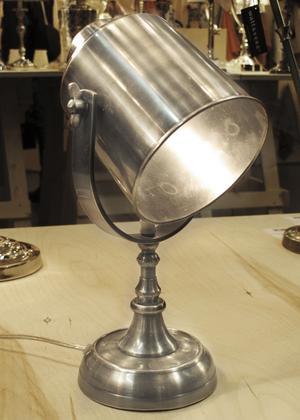 Tidstypisk 2012. Lampa från Watt &Veke.