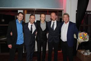 Rospiggarna speedway, delar av laget var på plats, från vänster, John Lindman, Andreas Jonsson, Jacob Thorssell, Nils Ekman (prisutdelare) och Mikael Teurnberg..