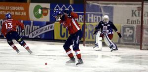 Mattias Hammarström gjorde samtliga tre mål när Edsbyn med stor möda kunde slå nykomlingen Tellus.