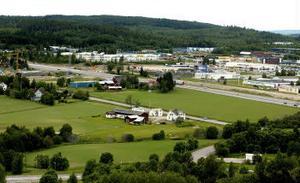Det börjar hetta till i Östra Birsta. Nu är man oense inom kommunen hur planeringen ska gå till.