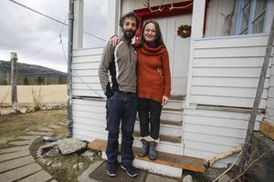 Huset i Långå bjöd på en skön atmosfär och Ivan Guidobaldi och Carolina Hämäläinen behövde ingen lång betänketid innan de slog till och köpte det för åtta år sedan.
