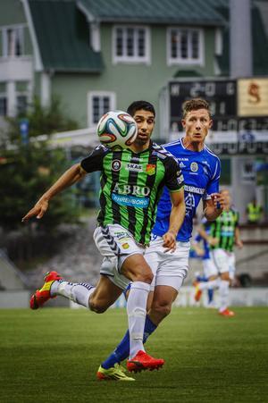 Johan Eklund har känningar i ett knä och kommer inte till spel borta mot Borlängeklubben Dalkurd.
