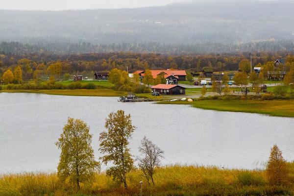 Naturskönt placerade Risnäset ligger perfekt till för olika fritids och rekreationsaktiviteter i Funäsdalen.