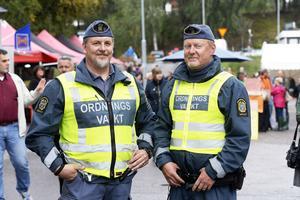 34:e Selånger marknad inleddes på fredagen. I 20-talet år har ordningsvakterna Håkan Forsgren och Morgan Sjögren varit med.