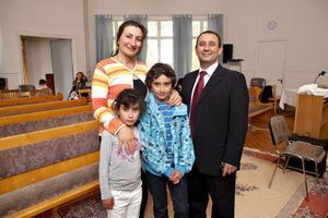 Det var en stor dag i går för Michael Agaiby, här med fru Mona och  barnen Maria och Markus som också var på plats.