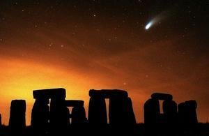 Det mest kända monumentet från bronsåldern är Stonehenge i England.