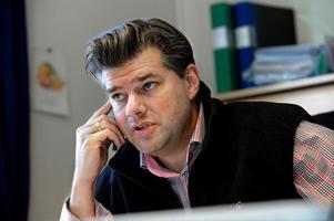 Leksands klubbdirektör Anders Doverskog är kritisk till moderaten Anne-Lie Stenberg utspel om nej borgensåtagande på 25 miljoner kronor.