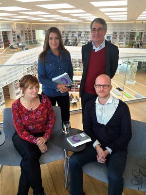 Gunilla Kindstrand, Cecilia Ekebjär, Bo G Jansson, och Kristian Ekenberg diskuterar Greiders