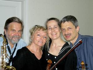 Duo Gelland, Gerd Ulander och Lars-Göran Ulander, startar en ny musikresa.