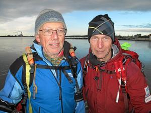 Vänta med isturen! Det behövs mer ihållande kyla, påpekar VLT:s israpportörer Ivar Mortensen och Rolf Ericson.Foto: Yngve Fredriksson