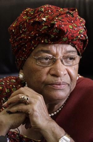Ellen Johnson Sirleaf är en av tre kvinnor som delar på Nobels fredspris 2011. Hennes gärning borde inspirera de svenska kyrkorna, anser Lennart Sacrédeus.