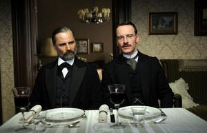 Relationen mellan Freud och Jung är grunden för filmen.