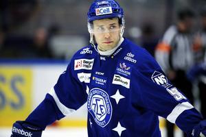 Fabian Brunnström gör som Eric Himelfarb, det vill säga lämnar Leksand för Malmö.
